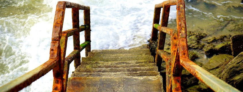 no-anti-corrosion-coating-on-metal-stairs